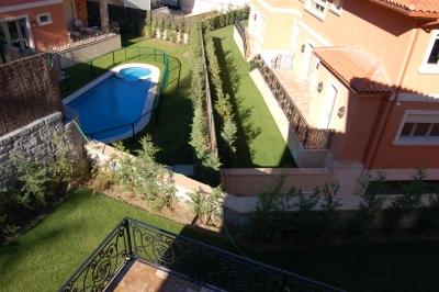 jardin en urbanizacion